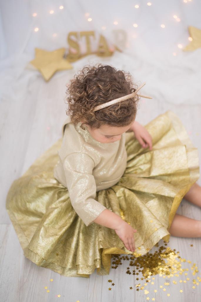 Foto de navidad en tonos dorados
