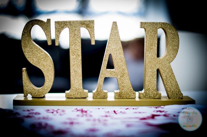 letras de STAR doradas