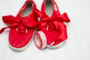 Zapatillas Victoria personalizadas con lazo y washitape