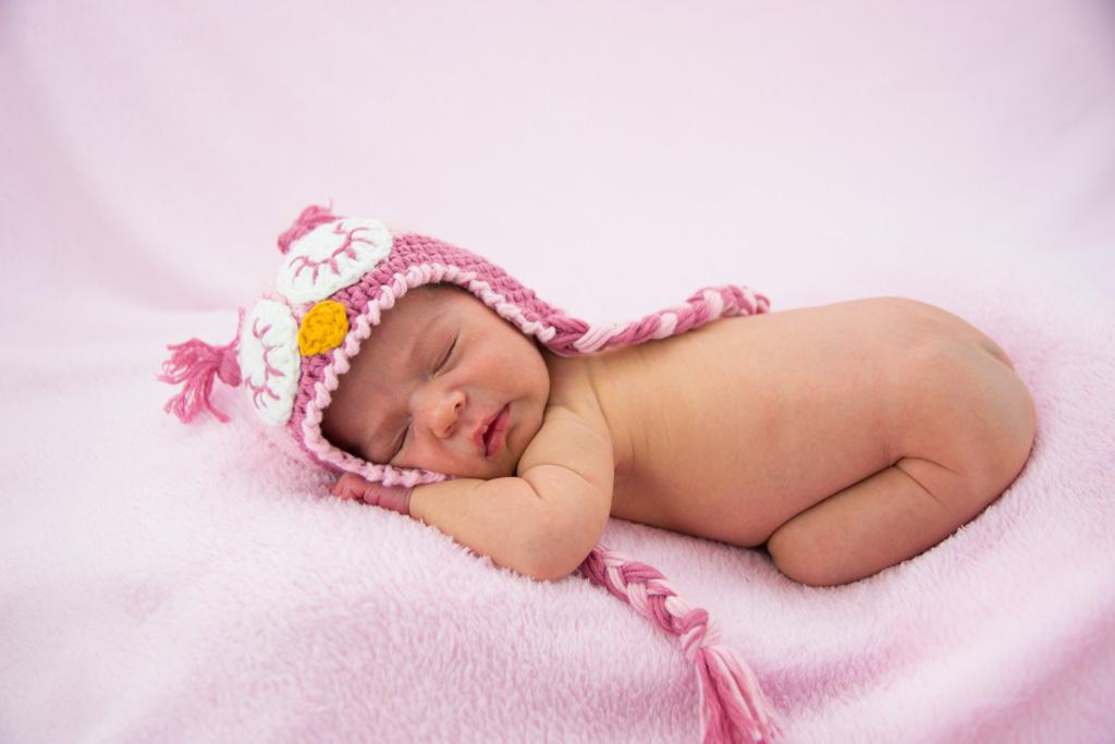 gorrito punto para recién nacido