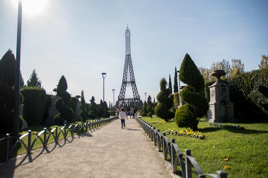 Replica Torre Eifel del Parque Europa
