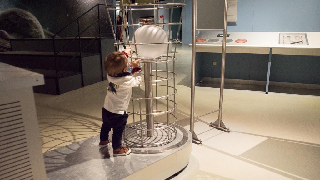Experimentando en el museo de ciencia y tecnologia