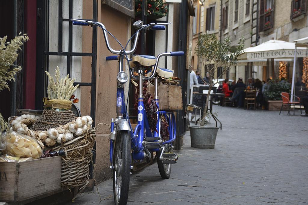 un paseo en bici por Roma