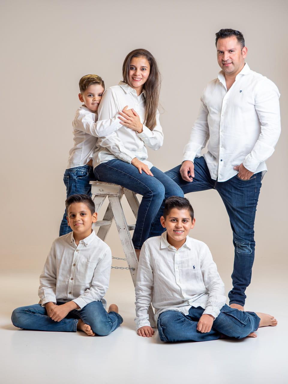 fotografia de familia en estudio